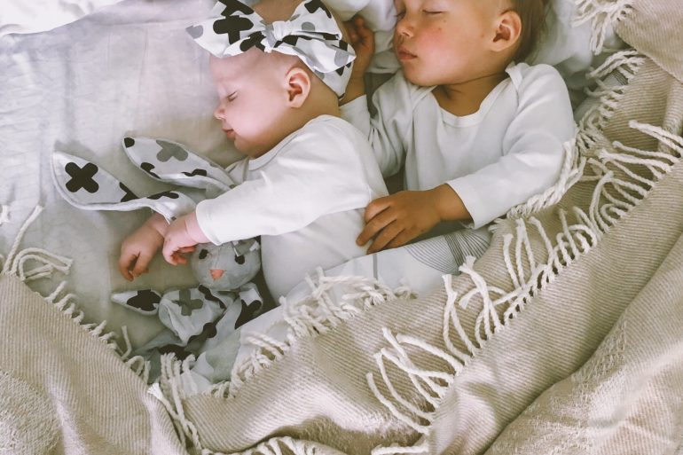 f907f7726 Safe Co-Sleeping 101: The Differences Between Room Sharing and Bed ...